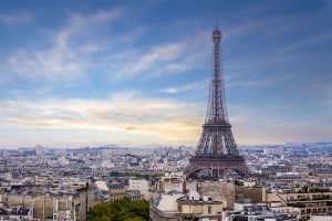 The Mayor of Paris has introduced a 24-hour ban on odd numbered vehicles to try and cut down on emissions.
