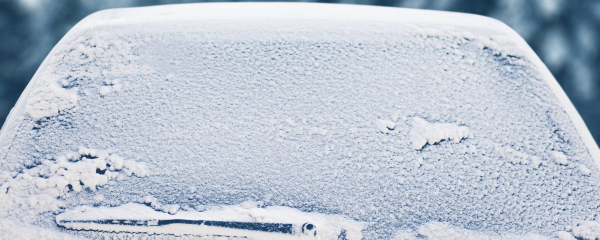 Are you aware of the best ways to de-ice your car?