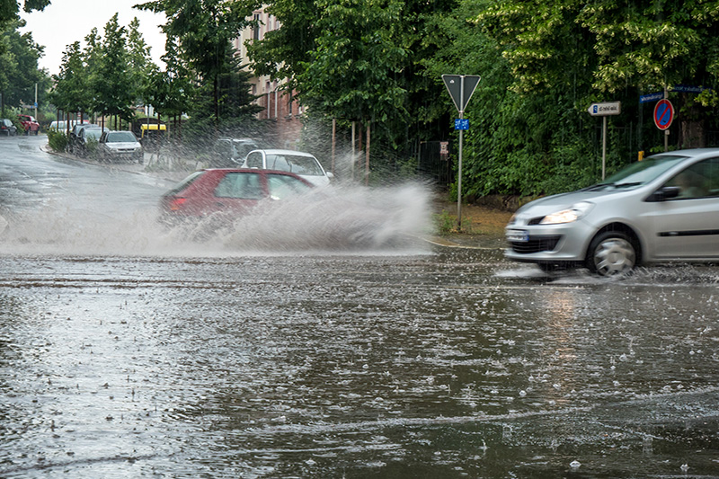 Driving in wet weather can be rather frightening check out our top tips to ensure you get to your destination safely.