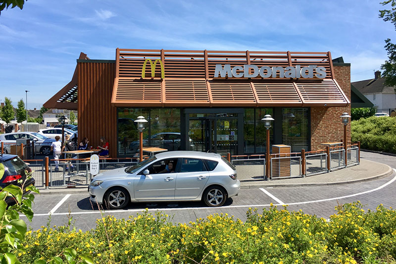 McDonald's to install electric vehicle charging points