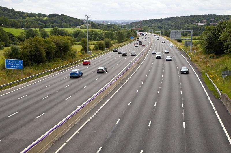 Smart motorway refuge area