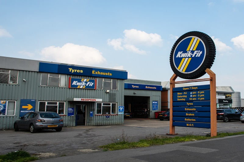 Kwik-fit MOT garage